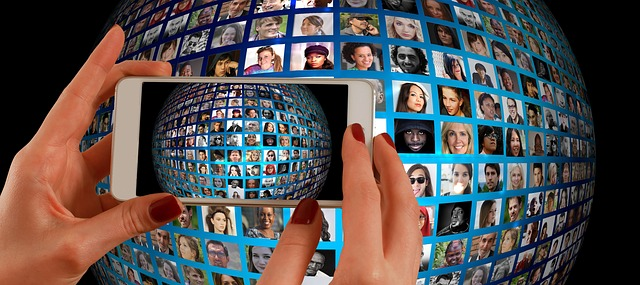fotomontáž v mobilu