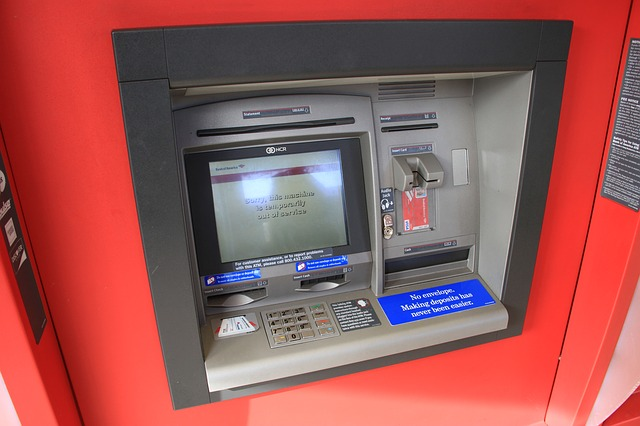 bankomat s vkladomatem