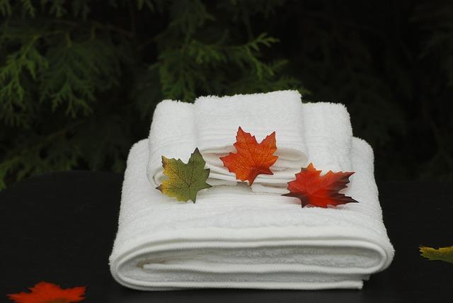 ručníky, javorové listy