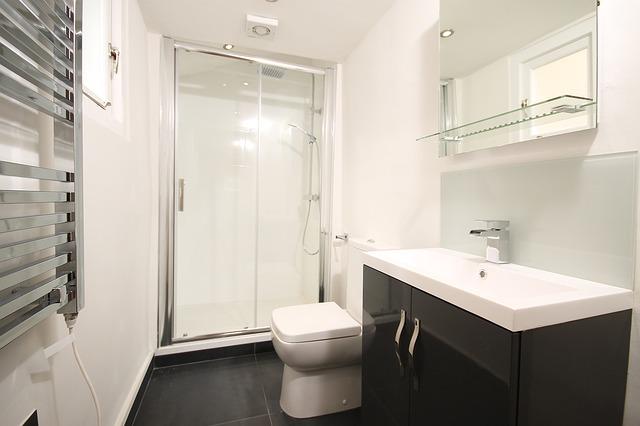 prosklená sprcha