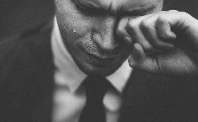 pláč muže