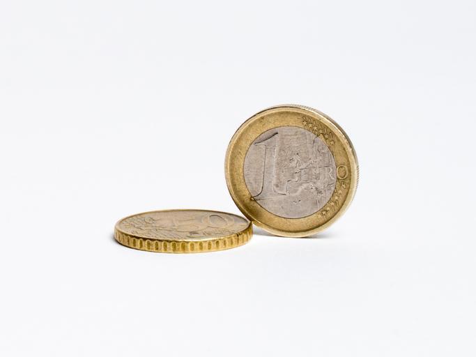 dvě euromince