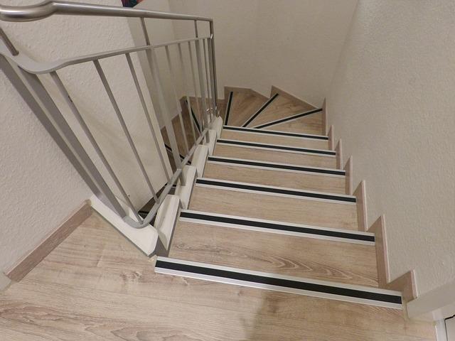 točité schody do patra