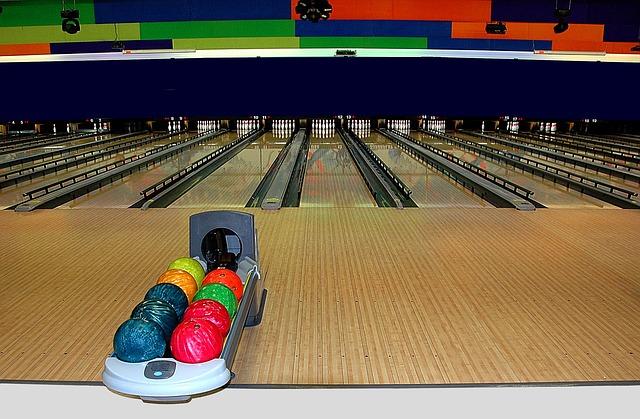 interiér bowlingové arény