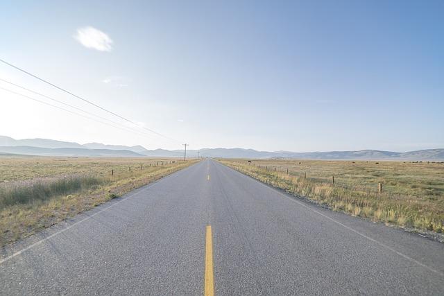 nekonečná silnice.jpg